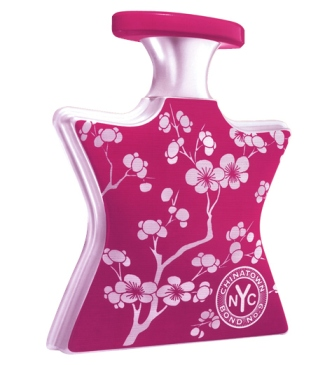 Bond No. 9 Chinatown: Interesting scent, distinctive bottle. This is how you do perfume the right way.